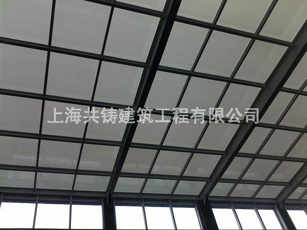 钢结构屋顶采光棚